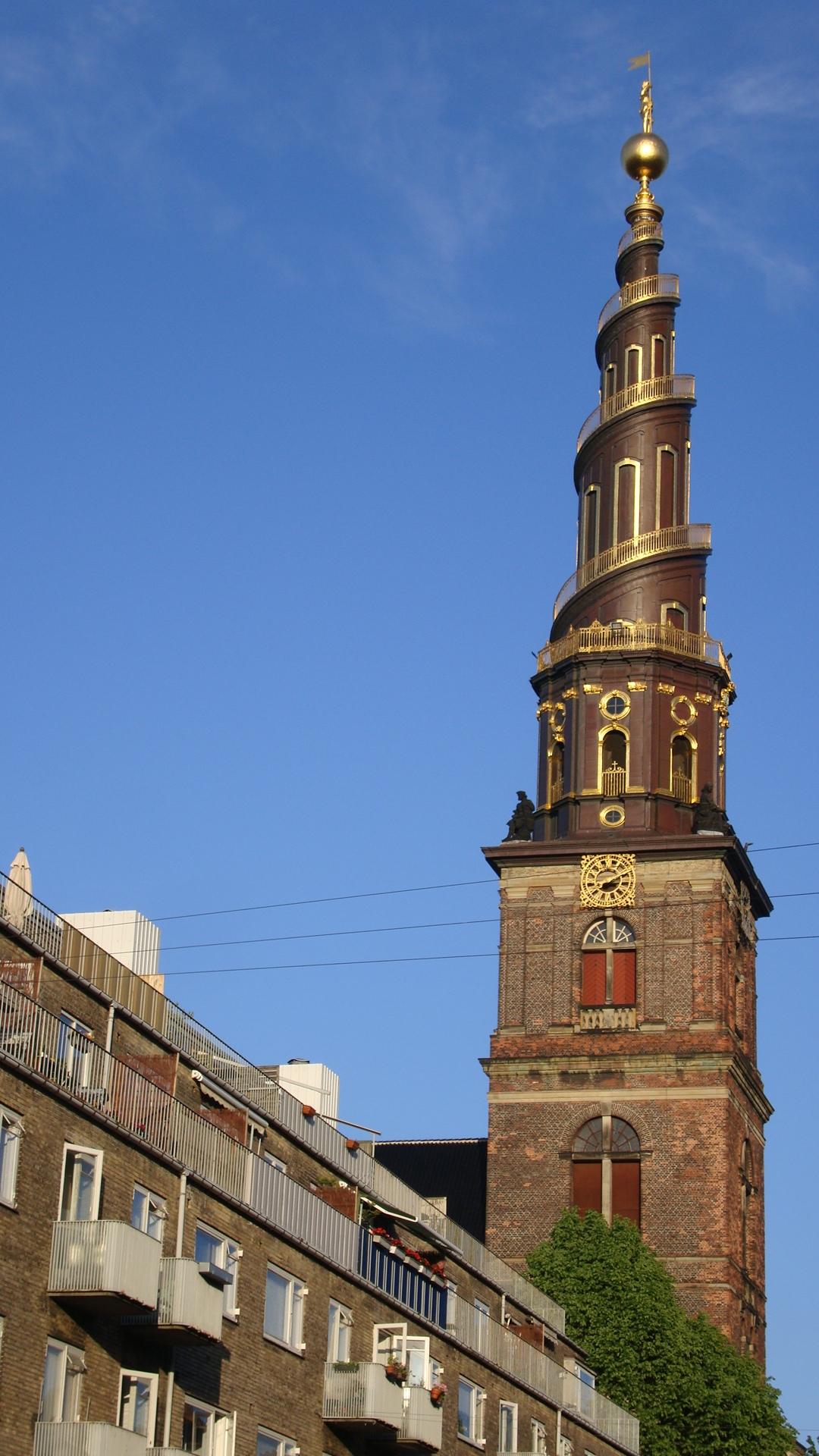 Evangélico brasileiros se organizam e promovem culto na Dinamarca