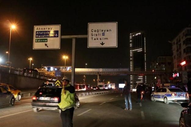 Atentado em estação de ônibus em Istambul fere três