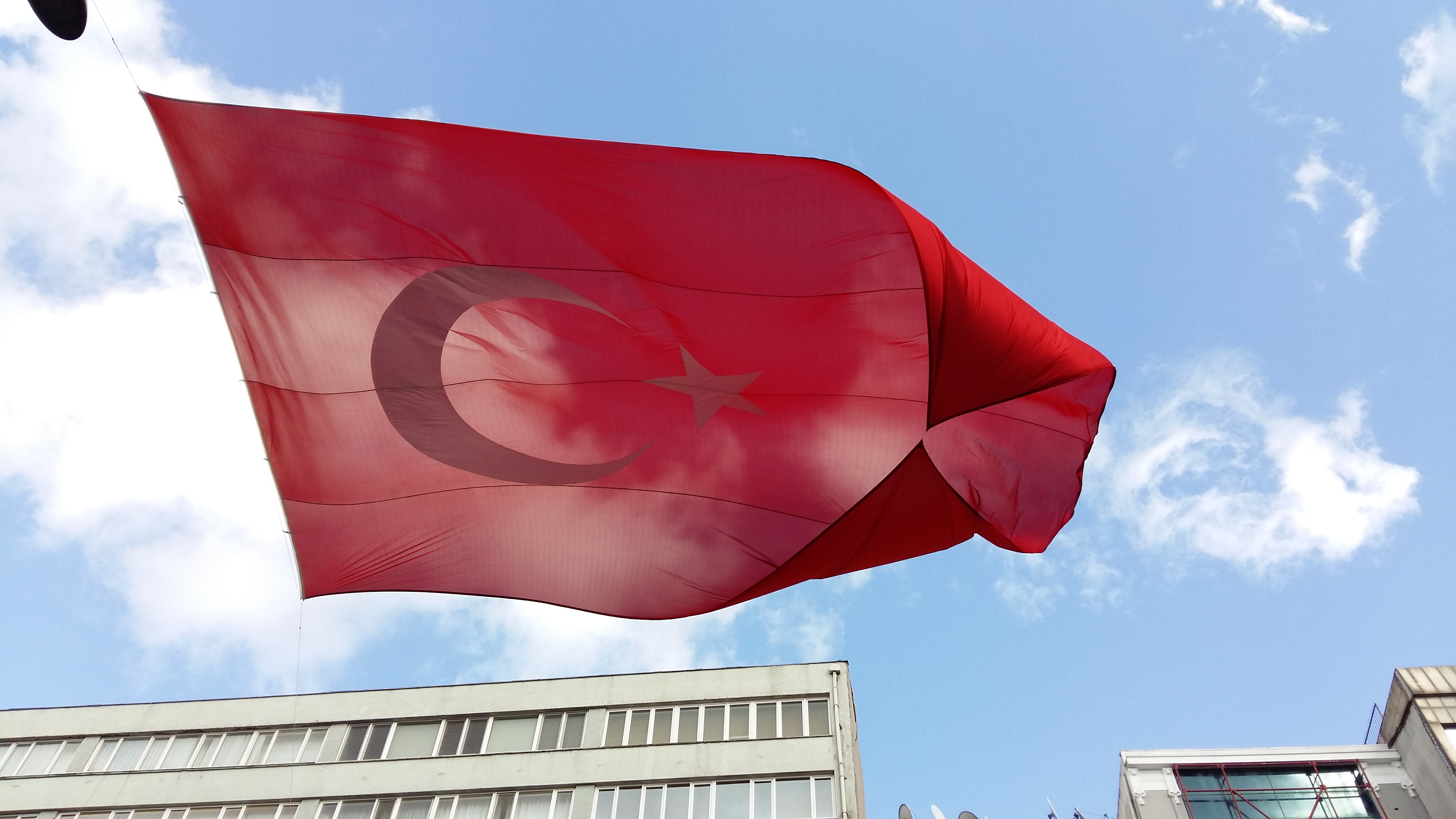 Crônicas de Istambul – Referendo pode mudar sistema de governo na Turquia